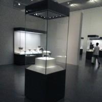 华艺恒辉 展示柜  博物馆专用展柜 博物馆陈列独立柜  独立柜   高端博物馆展柜 博物馆展柜 陈列展示柜
