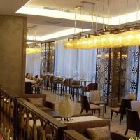 餐厅不锈钢镂空屏风装饰工程、电视套房不锈钢雕花板装饰案例